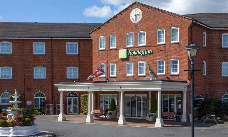 Discounted Rates at Holiday Inn for Adrenaline Alley Visitors